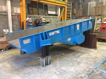 Hewitt Robins Vibrating Feeder
